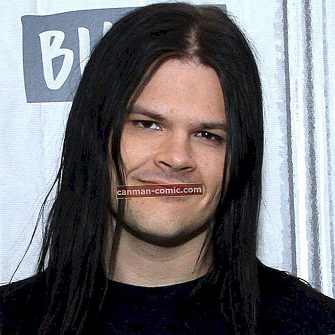 Travis Bacon (Penyanyi) Umur, Bio, Wiki, Tinggi, Berat, Pacar, Kekayaan, Lahir, Karir, Fakta