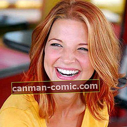 Hallie Gnatovich (Josh Gates Wife) Wiki, Bio, Umur, Tinggi, Berat, Suami, Kekayaan, Fakta